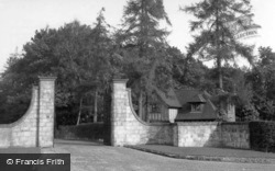 Ashurst Wood, Dutton Homestall Lodge c.1955