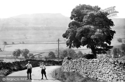 Askrigg, Addleborough 1914