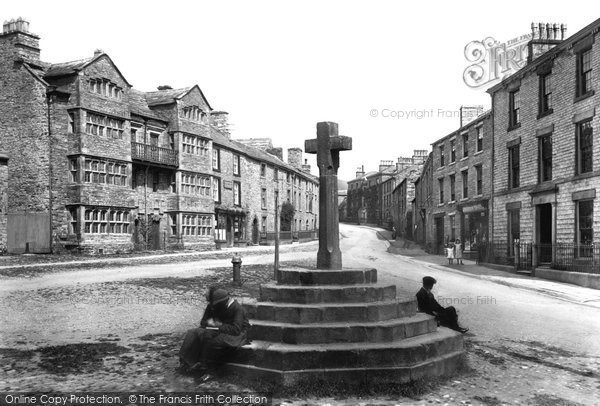 Photo of Askrigg, Market Cross 1911