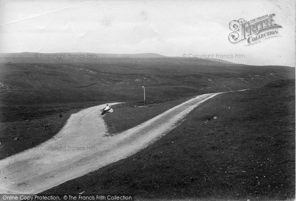 Photo of Askrigg, Moors, The Parting Of The Ways 1914