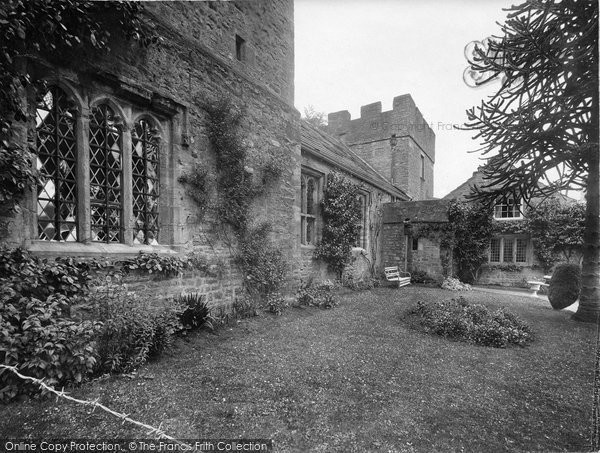 Photo of Askrigg, Nappa Hall 1924