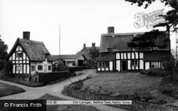 Aspley Guise, Old Cottages, Bedford Road c.1960