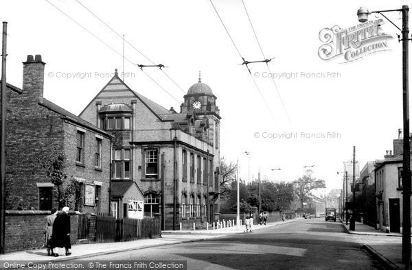 Photo of Atherton, Town Hall And Bolton Road c.1960