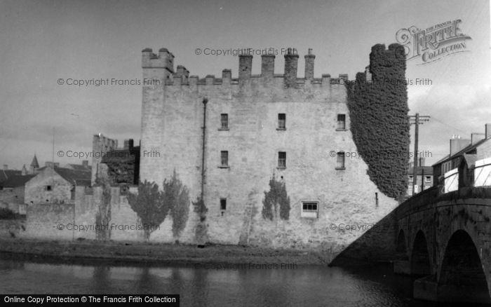 Photo of Athy, White Castle 1957