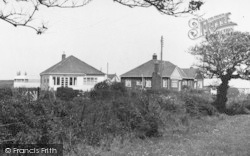 Atwick, Bungalows In Cliff Lane c.1960