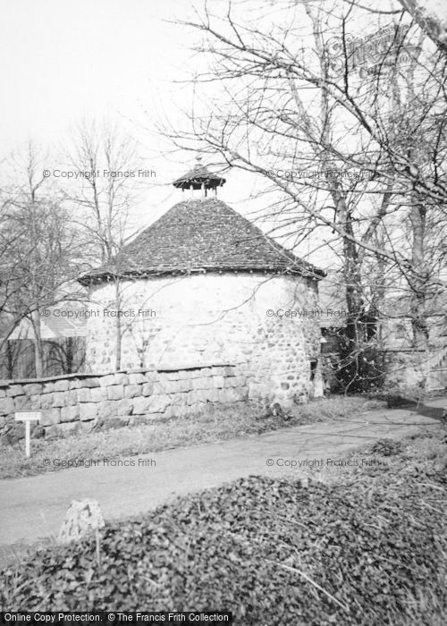 Photo of Avebury, Avebury Manor, The Dovecot 1950