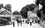 Avebury, High Street West c.1908