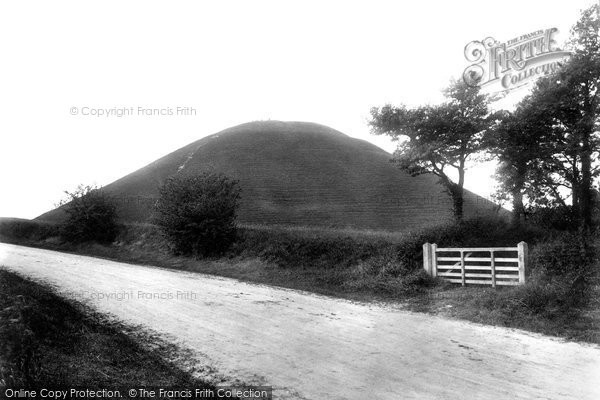 Photo of Avebury, Silbury Hill 1902