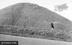 Avebury, Silbury Hill 1950