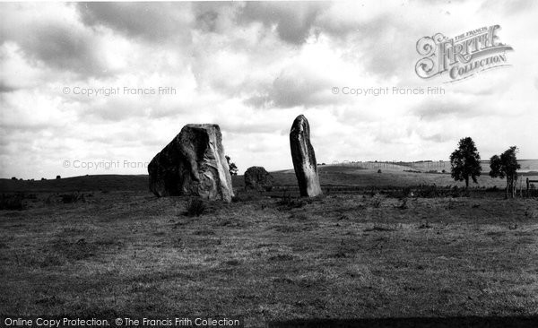 Photo of Avebury, The Cove c.1955