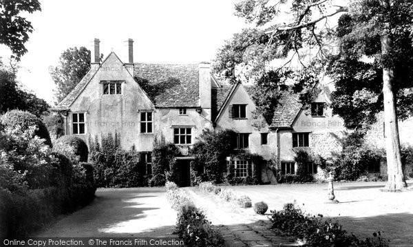 Avebury, The Manor House c.1955