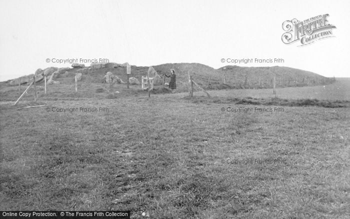 Photo of Avebury, West Kennet Long Barrow 1950