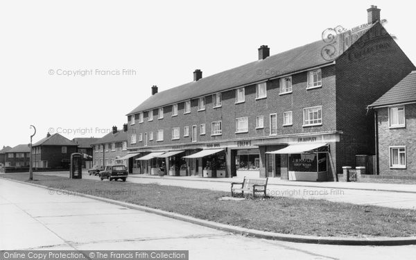 Photo of Aveley, Hall Road Estate c.1963