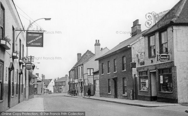 Photo of Aveley, High Street c1952