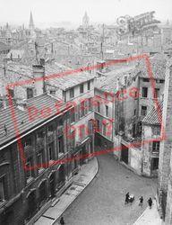 1939, Avignon