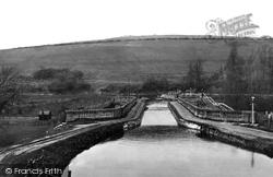 The Aqueduct 1914, Avoncliff
