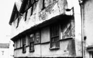 Axbridge, King John's Hunting Lodge c.1955
