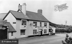 Axminster, Hunters Lodge Hotel c.1955