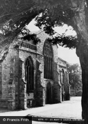 Axminster, St Mary's Church c.1940