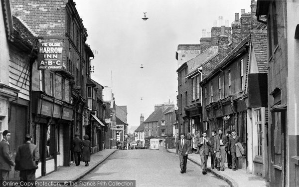 Photo of Aylesbury, Cambridge Street c.1955