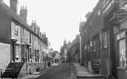 Aylesbury, Castle Street c1955