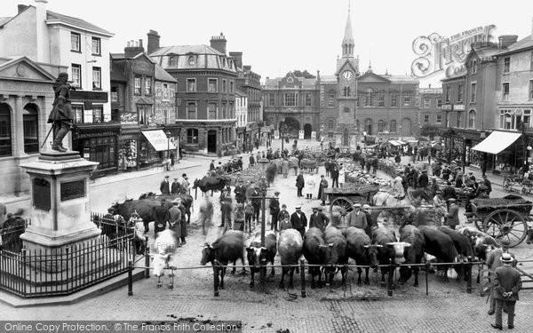 Photo of Aylesbury, Market Square 1921