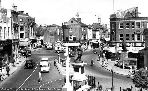 Photo of Aylesbury, Market Square 1960