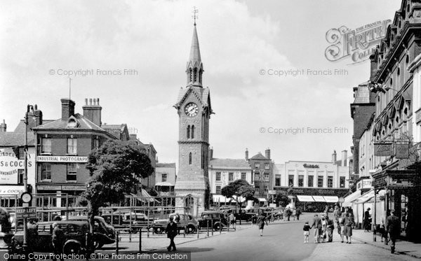 Photo of Aylesbury, Market Square c.1950