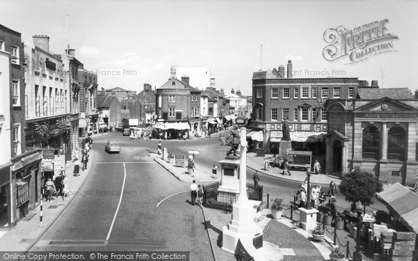 Photo of Aylesbury, Market Square c.1955