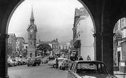 Aylesbury, Market Square c.1965