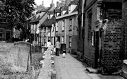 Aylesbury, St Mary's Square c.1955