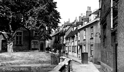 Aylesbury, St Mary's Square c.1955