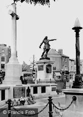 Aylesbury, the War Memorial and John Hampden Statue c1955