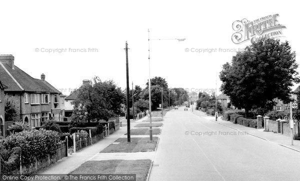 Photo of Aylesbury, Tring Road c.1965