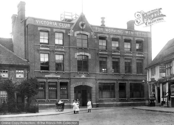 Photo of Aylesbury, Victoria Hall 1897