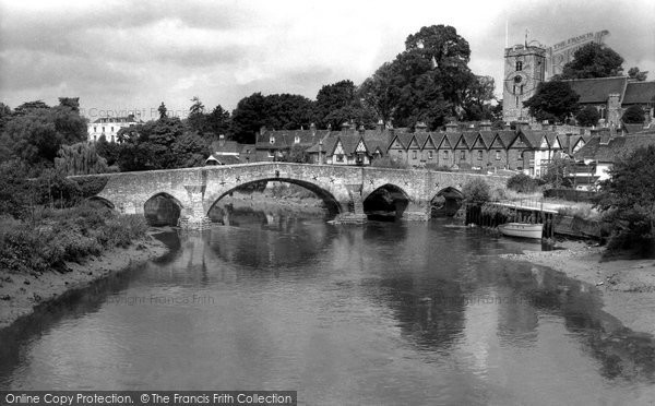 Photo of Aylesford, Bridge And St Peter And St Paul's Church c.1960