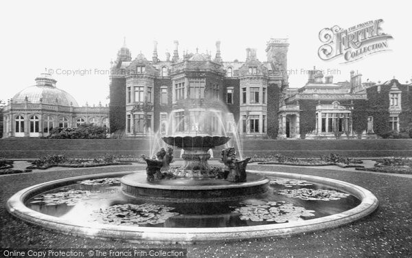 Photo of Aylesford, Preston Hall And Fountain 1898