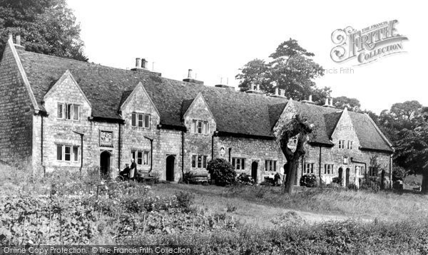 Photo of Aylesford, The Almshouses c.1960