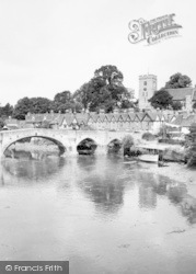 Aylesford, The Bridge And Church c.1960
