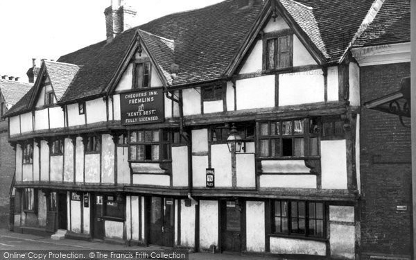 Photo of Aylesford, The Chequers Inn 1960