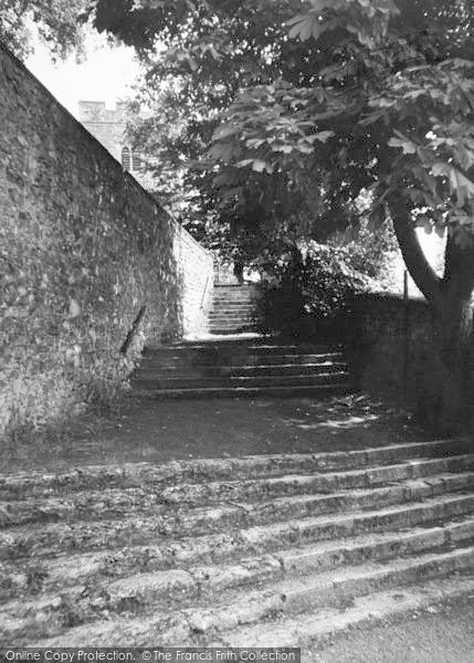Photo of Aylesford, The Church Steps c.1960