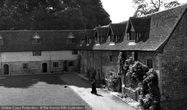 Photo of Aylesford, The Friars Courtyard c.1960