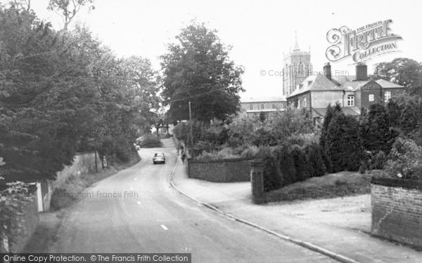 Photo of Aylsham, Cromer Road And St Michael's Church c.1965