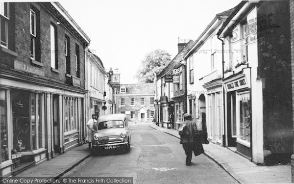Photo of Aylsham, Red Lion Street c.1960