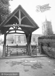Aylsham, St Michael's Church And Lychgate c.1965