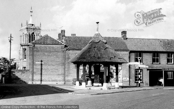 Aylsham, Village Pump c1955