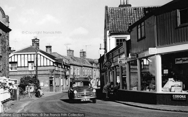 Photo of Aylsham, White Hart Street c.1960