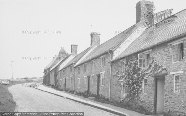 Photo of Aynho, Brackley Road c.1955