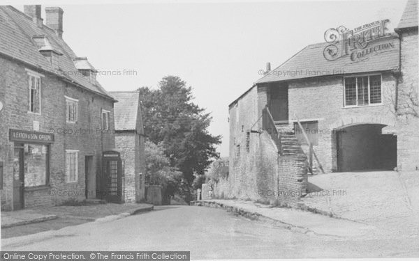 Photo of Aynho, Hollow Road c.1955