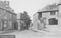 Aynho, Hollow Road c.1955